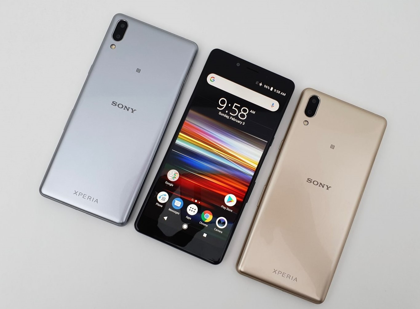 Sony Xperia L3 smartphone with 18 to 9 ratio display and silver and gold coloring on back